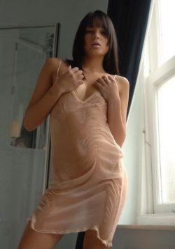 Девушка ищет парня для вирт секса.